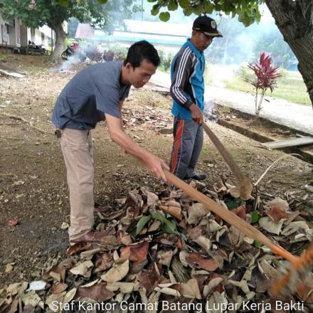 Bulan Bhakti Gotong Royong Masyarakat Desa Di Kecamatan Batang Lupar Kabupaten Kapuas Hulu